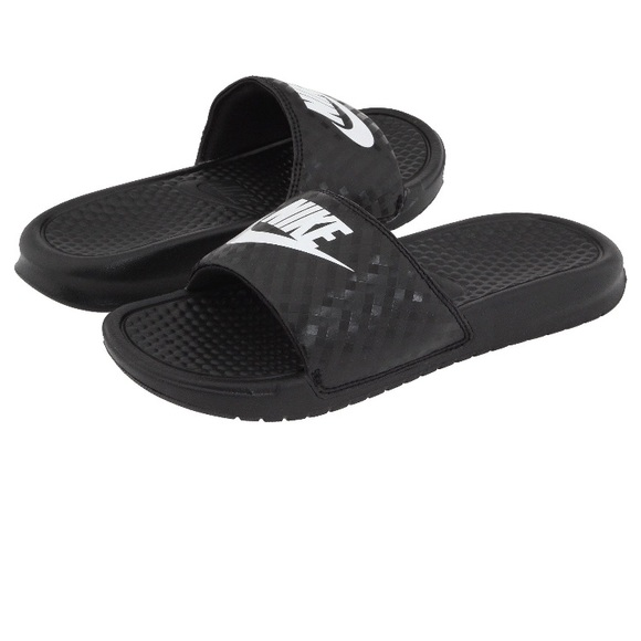bffd9b097cf3 NEW Nike Benassi 😎 Slides Women s Sandals 🔥